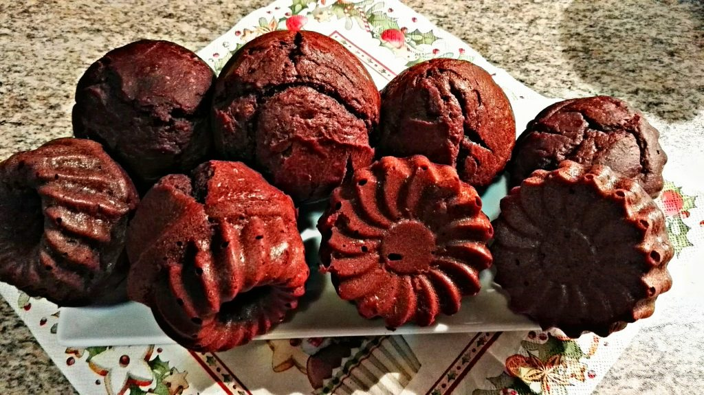 Teller mit Schoko muffins